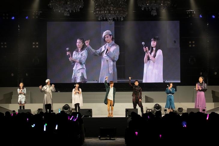 5月4日に開催された「仮面ライダージオウ スペシャルイベント 救世主の宴」より、キャストトークショーの様子。