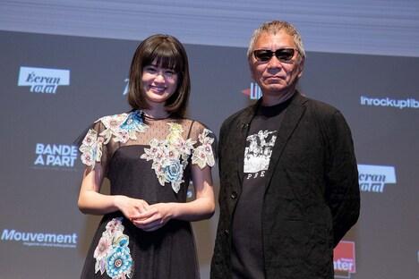 ティーチインに登壇した小西桜子(左)、三池崇史(右)。(c)Kazuko Wakayama