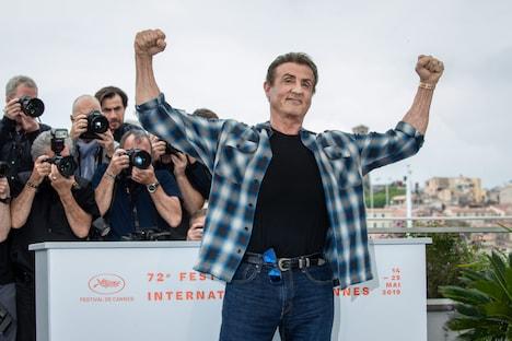 第72回カンヌ国際映画祭に参加したシルヴェスター・スタローン。(写真提供:PHOTOPQR / LE PARISIEN / MAXPPP / ゼータ イメージ)