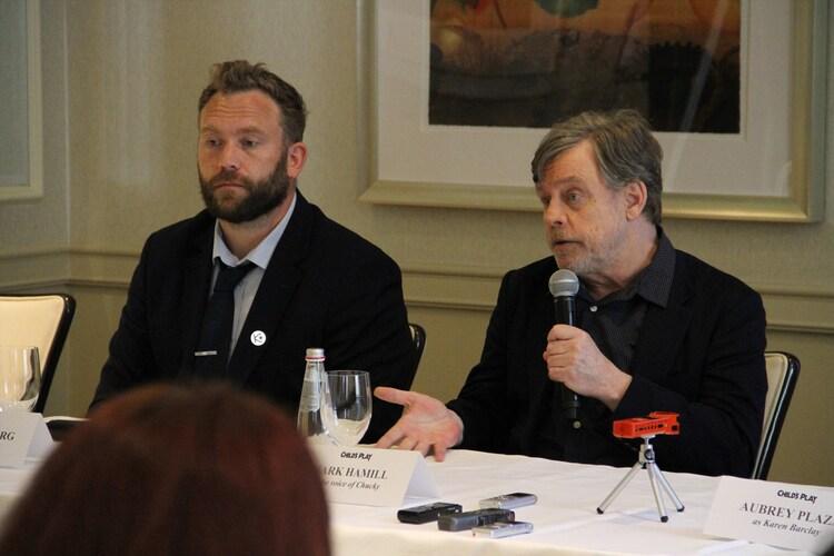 左からラース・クレヴバーグ、マーク・ハミル。