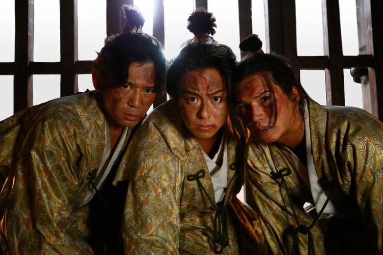 映画「3人の信長」より。左から岡田義徳、EXILE TAKAHIRO、市原隼人。