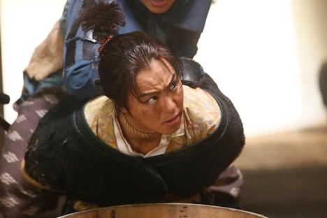 映画「3人の信長」より信長・甲を演じるEXILE TAKAHIRO。(c)2019「3人の信長」製作委員会映画「3人の信長」より信長・甲を演じるEXILE TAKAHIRO。
