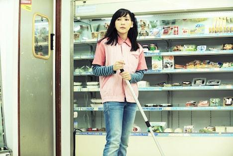 「いちごの唄」より、麻生久美子。