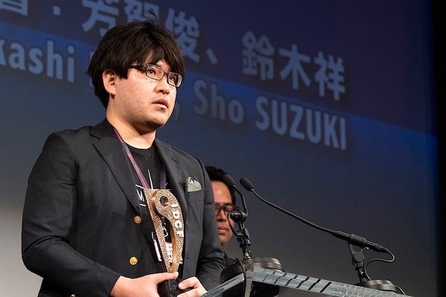 「おろかもの」で国内コンペティション長編部門観客賞を受賞した鈴木祥。