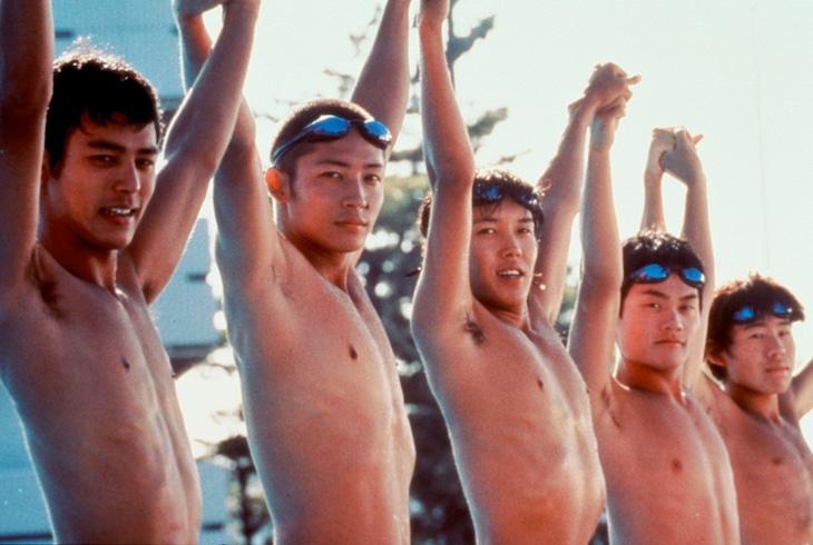 「ウォーターボーイズ」(c) 2001 フジテレビジョン / アルタミラピクチャーズ / 東宝 / 電通