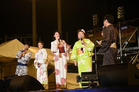 「ダンスウィズミー」神宮外苑花火大会ステージイベントの様子。