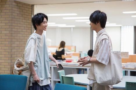 YouTubeドラマ「主人公」第1話より。左から小野寺晃良演じる大介、神尾楓珠演じる純太。