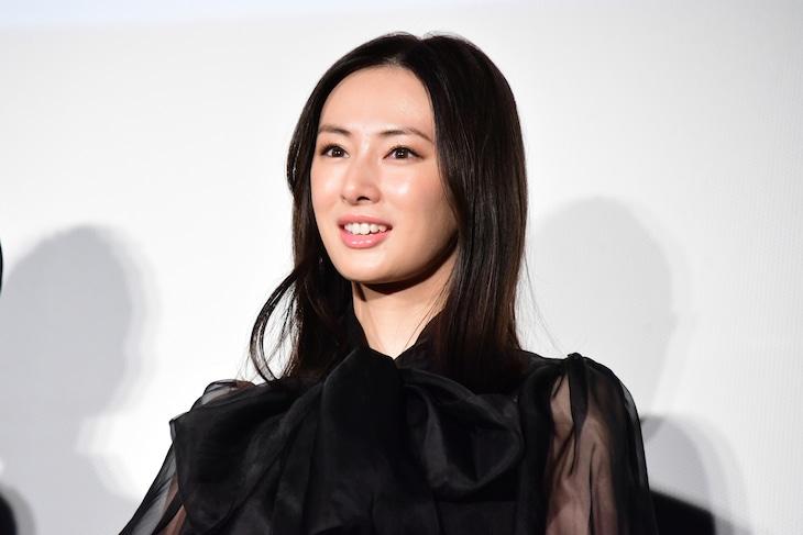 2019年9月10日に「ヒキタさん! ご懐妊ですよ」の完成披露上映会に参加した北川景子。