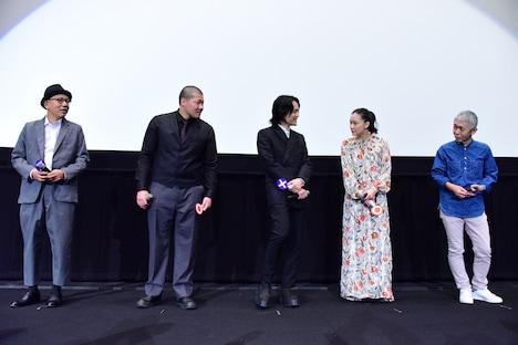 「宮本から君へ」公開記念舞台挨拶の様子。