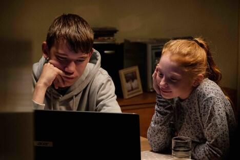 「家族を想うとき」新場面写真(photo: Joss Barratt, Sixteen Films 2019)