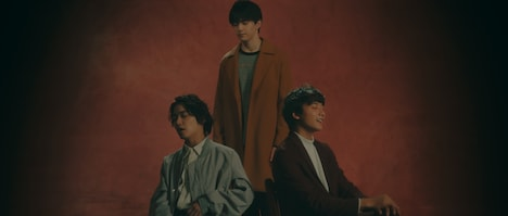 「I Treasure You」MVより。