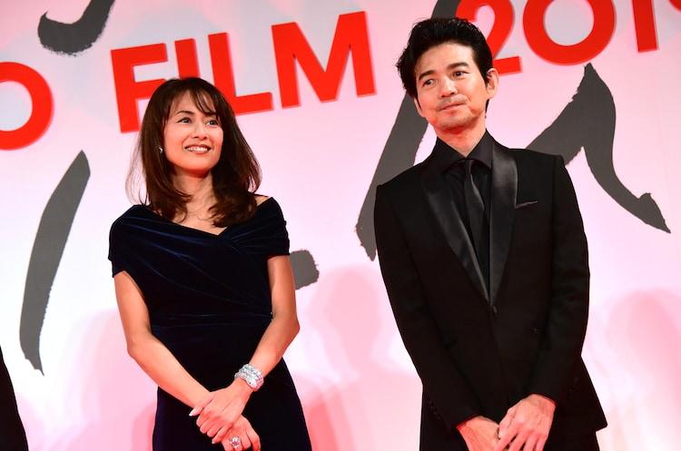 左から後藤久美子、吉岡秀隆。