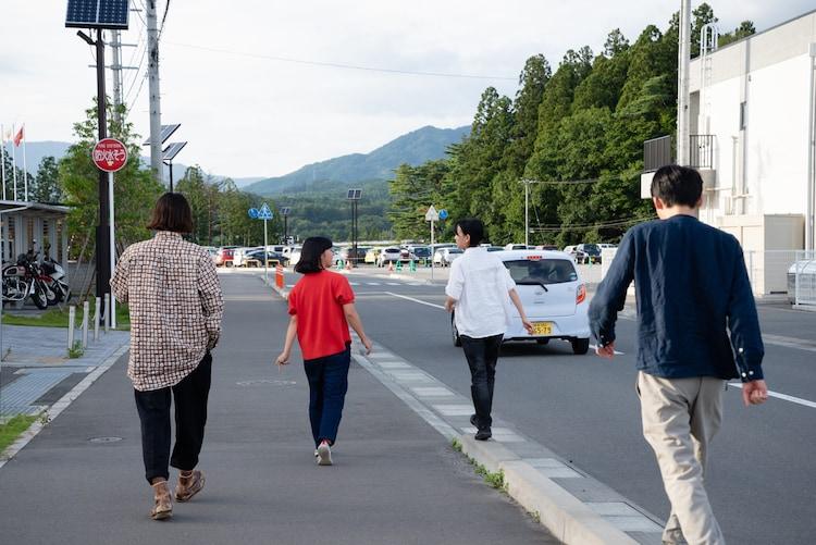 小森はるか+瀬尾夏美「二重のまち/交代地のうたを編む」2019年 Photo: Tomomi Morita