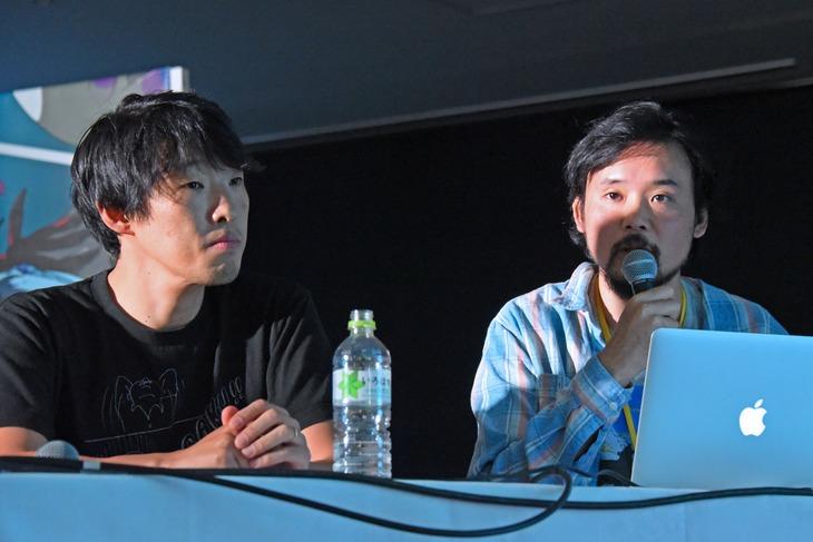 長編アニメ「音楽」トークショーの様子。左から松江哲明、岩井澤健治。