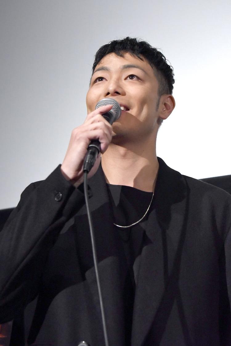 """自身の""""艶っぽい""""シーンについて謝罪する田中俊介。"""
