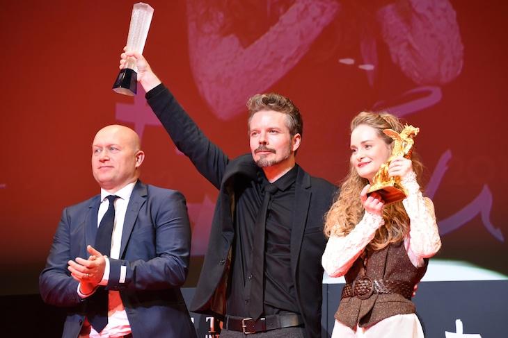 「わたしの叔父さん」のスタッフとキャスト。左からマーコ・ロランセン、フラレ・ピーダセン、イェデ・スナゴー。