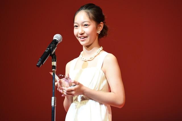 「テイクオーバーゾーン」に出演し、東京ジェムストーン賞を受賞した吉名莉瑠。