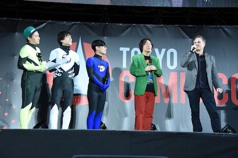左から佐藤ピリオド、なだぎ武、竹若元博、杉山すぴ豊、マーク・ラファロ。