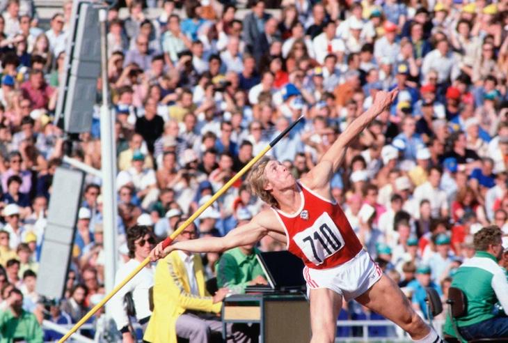 「スポーツよ、君は平和だ!」 (c)1980 / Comite International Olympique(CIO)