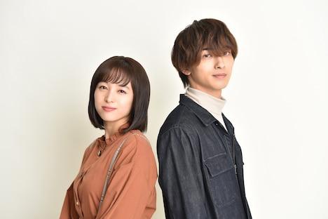 左から清野菜名演じる川田レン、横浜流星演じる森島直輝。