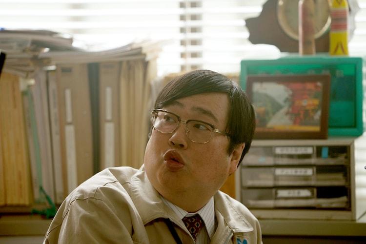 「前田建設ファンタジー営業部」より、六角精児演じるフワ。