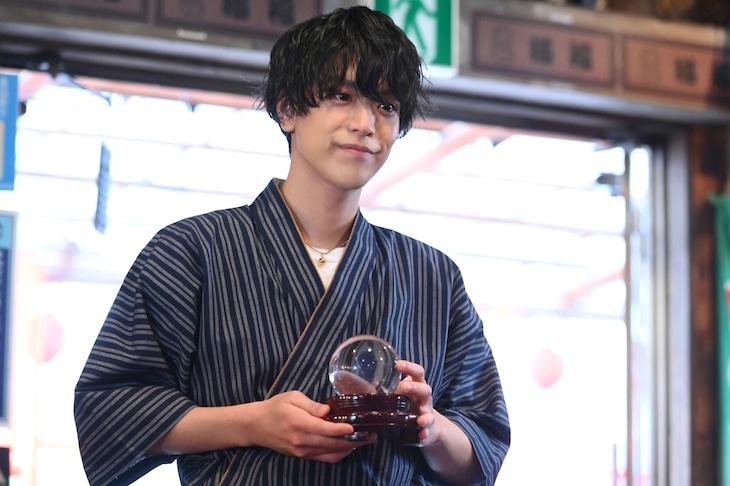 「まだまだ恋はつづくよどこまでも」より、黒羽麻璃央演じる猫田。