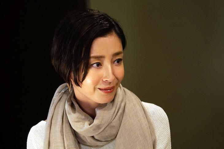 「きのう何食べた?正月スペシャル2020」より、宮沢りえ演じる三谷まみ。