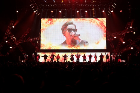 THE RAMPAGE from EXILE TRIBEのパフォーマンスの様子。