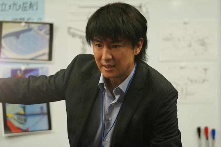 「前田建設ファンタジー営業部」より、上地雄輔演じるベッショ。
