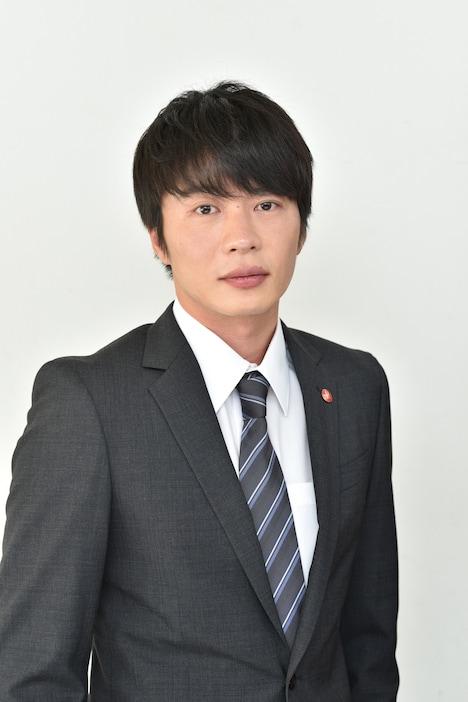 田中圭演じる森島哲也。