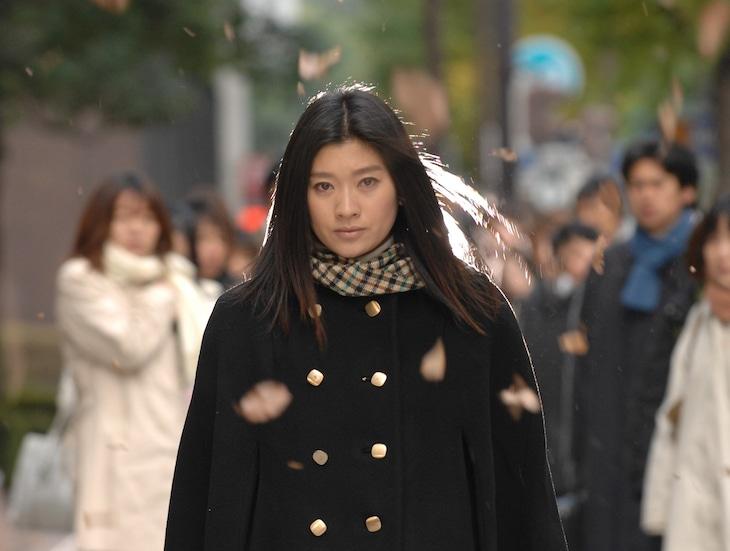 篠原涼子演じる大前春子。