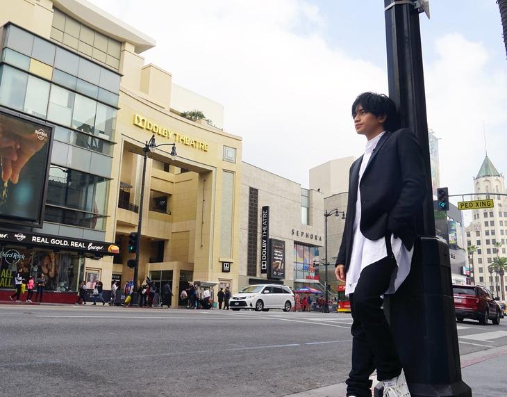 「中島健人 ハリウッドの風を探して」メインビジュアル