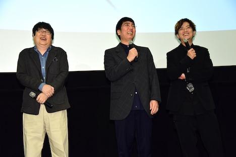 左から六角精児、小木博明、上地雄輔。