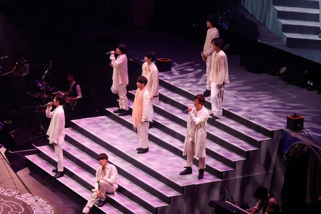 2月16日昼公演より、「春の花」パフォーマンスの様子。