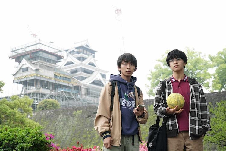 映画「#ハンド全力」のワンシーン。左から加藤清史郎、醍醐虎汰朗。(c)2020「#ハンド全力」製作委員会