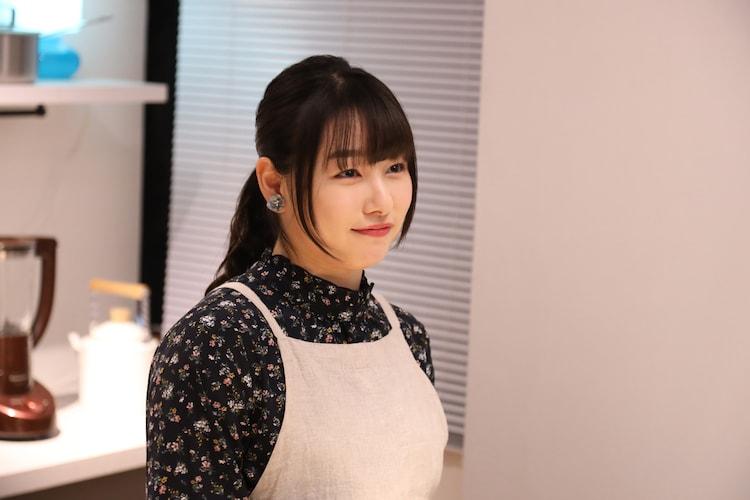 「年上のカノジョ」より、桜井日奈子演じる梨紗。