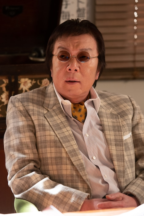 古田新太演じる廿日市誉。