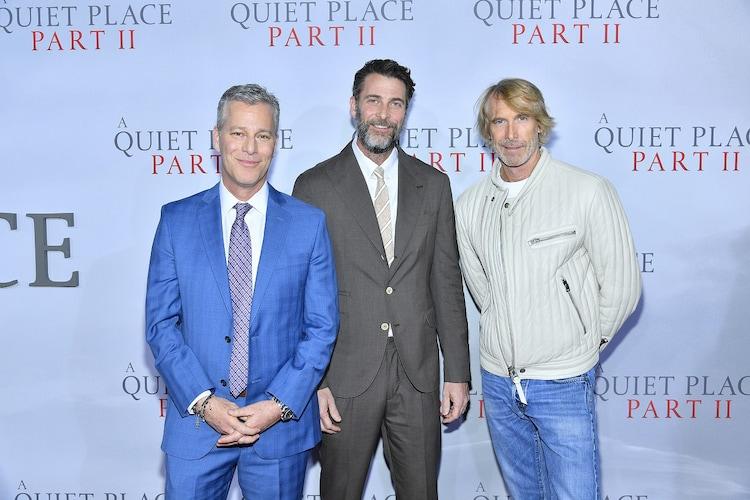 左から製作を担当したブラッド・フラー、アンドリュー・フォーム、マイケル・ベイ。