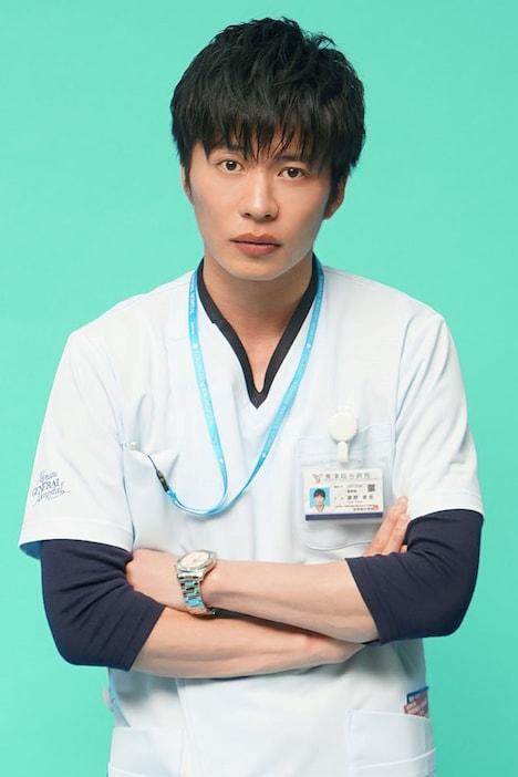 田中圭演じる瀬野章吾。