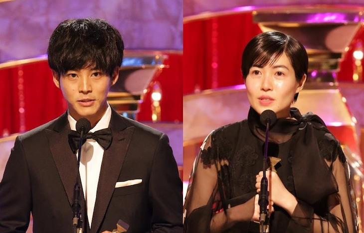 左から松坂桃李、シム・ウンギョン。(c)日本アカデミー賞協会