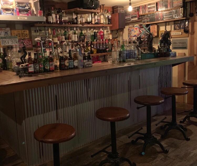 cafe&bar BIG FISHの店内。