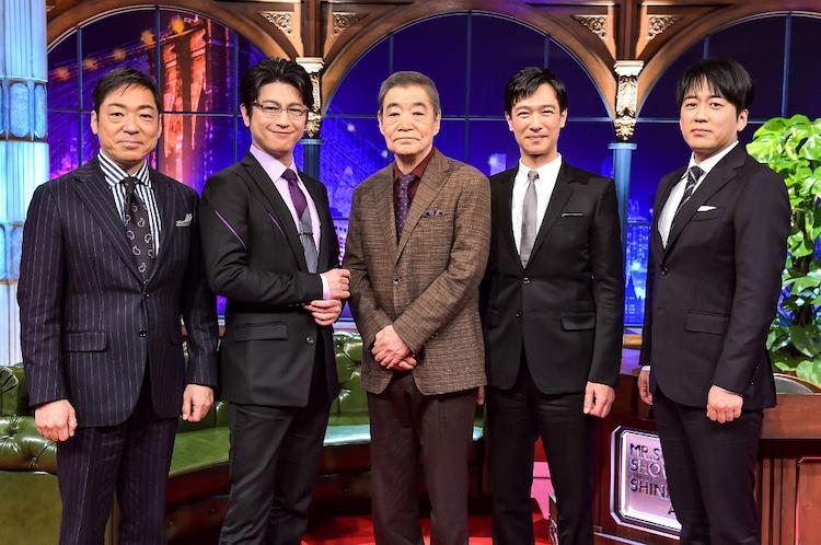 左から香川照之、及川光博、柄本明、堺雅人、安住紳一郎。