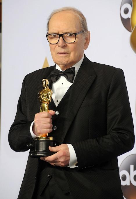 2016年、第88回アカデミー賞作曲賞を受賞したエンリオ・モリコーネ。(写真提供:Byron Purvis / AdMedia / Newscom / ゼータ イメージ)