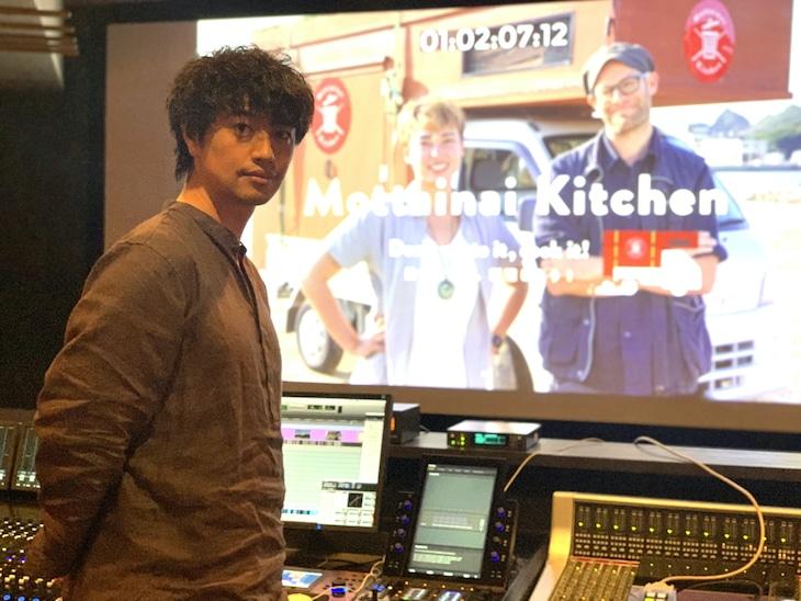 「もったいないキッチン」日本語吹替版のアフレコに参加した斎藤工。