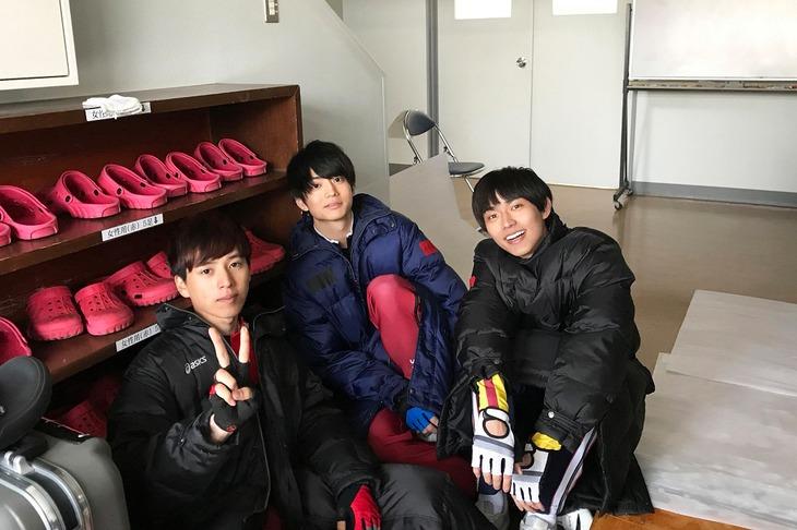 左から坂東龍汰、伊藤健太郎、永瀬廉。