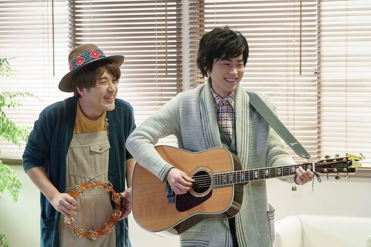 「聴いてください」 (c)NHK