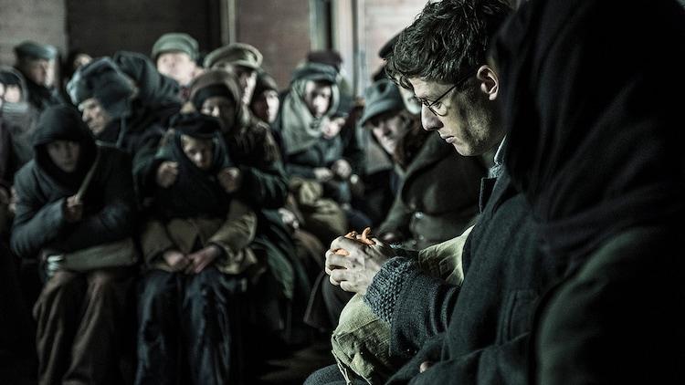 「赤い闇 スターリンの冷たい大地で」新場面写真