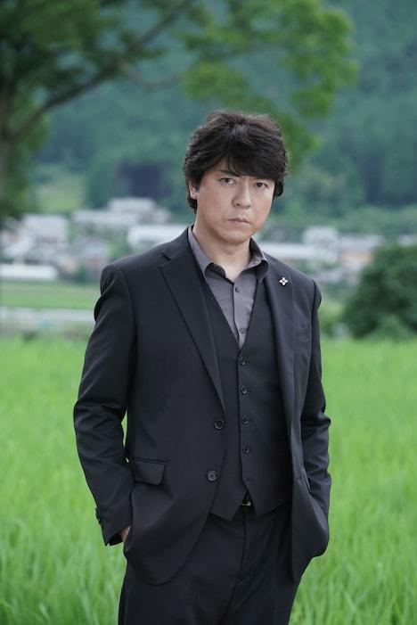 上川隆也演じる佐方貞人。