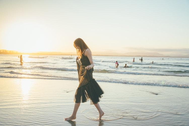 梅澤美波1st写真集「夢の近く」セブンネットショッピング限定版裏表紙