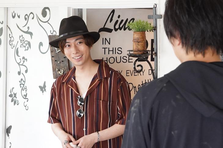 「刑事7人」より、河合郁人演じる百田浩二(左)。